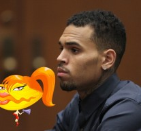 Chris Brown's balls drop during basketball extortion case